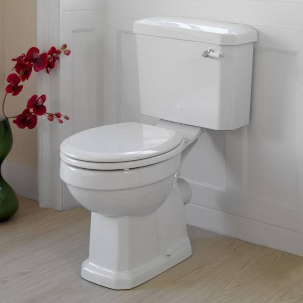 White-Wooden-Toilet-Seat_1368