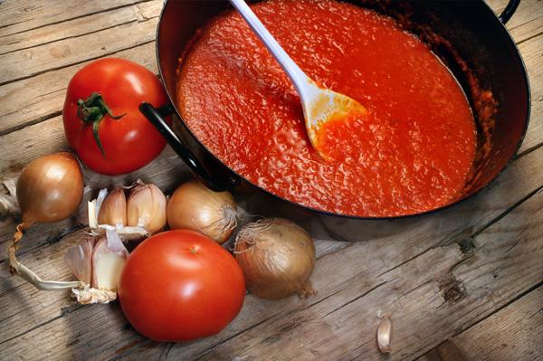 homemade-tomato-sauce