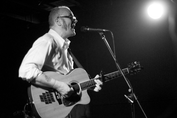 Mike-Doughty-photo-3-by-Dan-Rocque