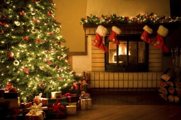 christmas-home-fireplace-christmas-tree-gifts