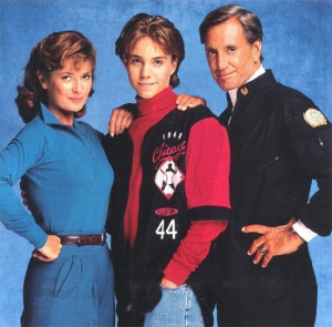 Stephanie Beacham (Dr. Westphalen), Jonathan Brandis (Lucas Wolenczak), and Roy Scheider (Nathan Bridger)